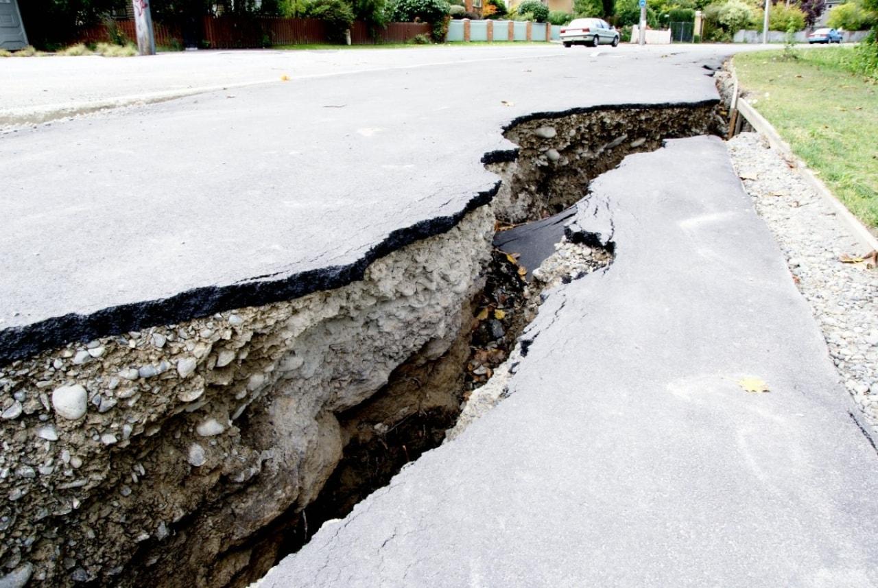前兆 地震 予言